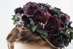 Fascinator, headpiece, races, mother of the bride,