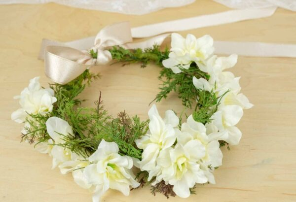 Artificial or fake flower crowns for your wedding day