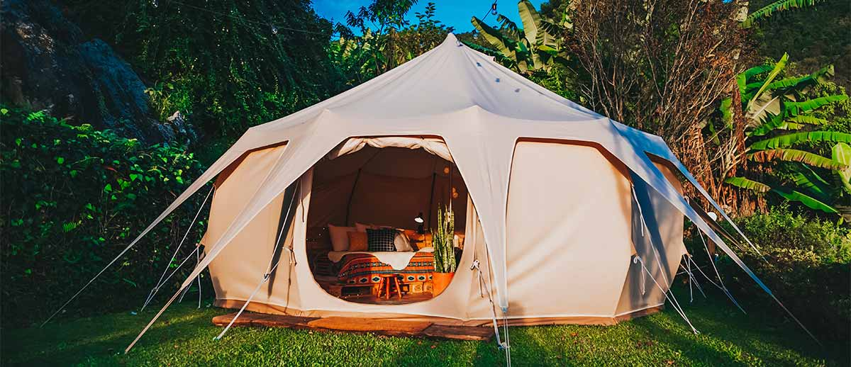 Have you thought of setting up a tent for the children at your backyard wedding.