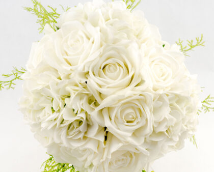 5 Things to Know about Artificial Wedding Flowers