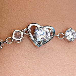 Heart Bracelet closeup