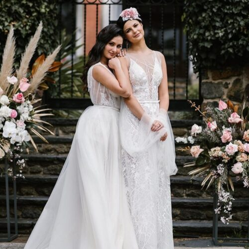 Same sex couple, lesbian wedding, headpiece
