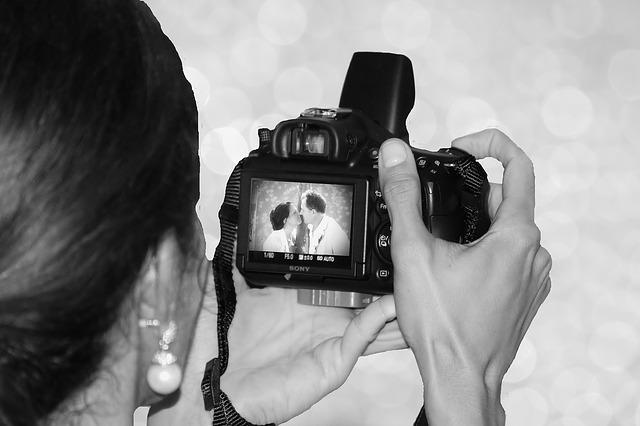 Professional Wedding Photography – Worth it?