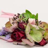 wrist, wedding flowers